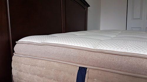 dreamcloud mattress side view