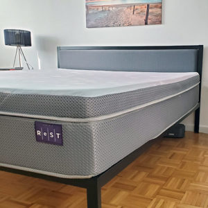 rest bed review featured image